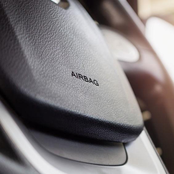 airbag on steering wheel
